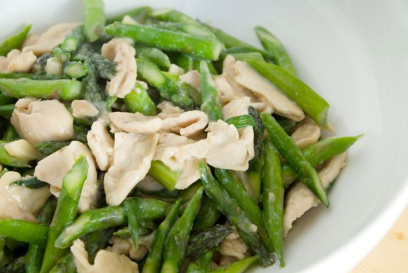 Chinese Stir-Fried Chicken and Asparagus | Chinese kitchen | Pinterest