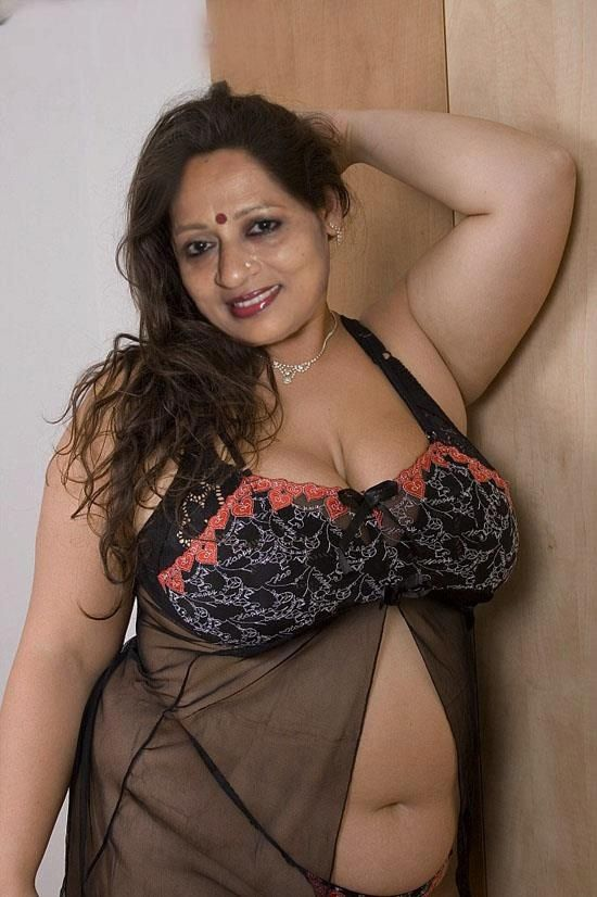 94 best images about BBW ALL SAREE AUNTY on Pinterest ...