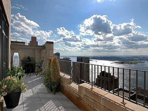 My new york balcony homes pinterest for Balcony new york