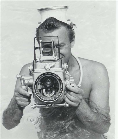 peter gowland with his roloflex in a rollei marin