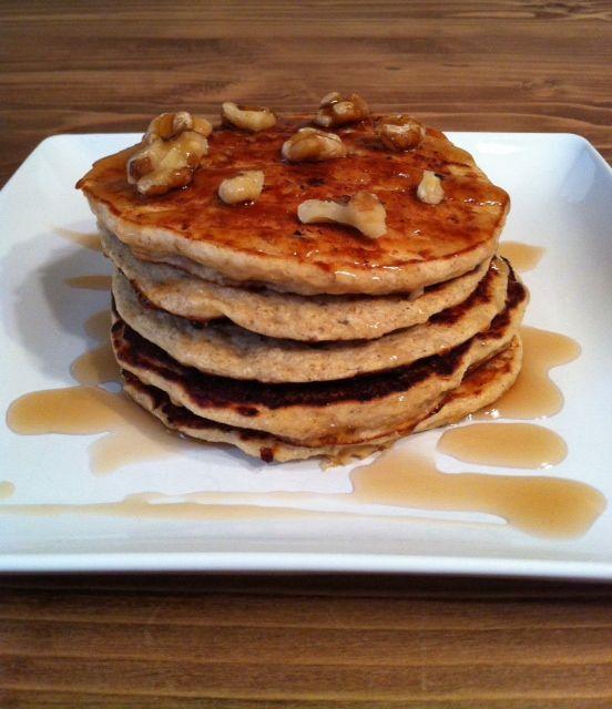 banana nut pancakes | Clean Eating | Pinterest
