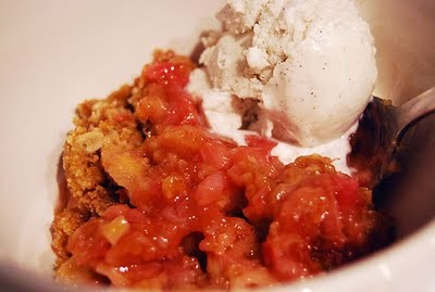 Rhubarb Brown Sugar Crumble | For my Sweet Tooth | Pinterest