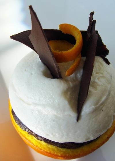 My favorite cupcake from Cupcake Wars - bakers used an orange peel for ...