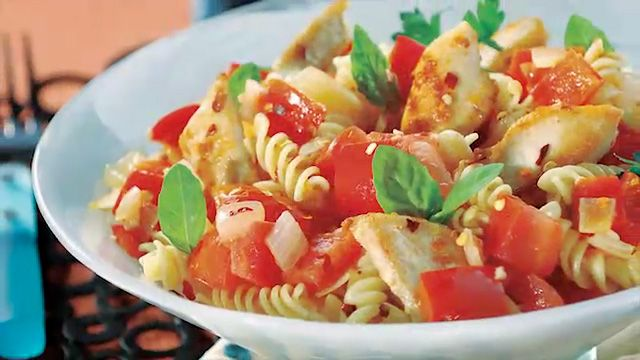 spicy spinach chicken pasta | Food I want to try! | Pinterest