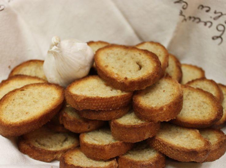 Crispy Garlic Toast Recipe | Just A Pinch Recipes