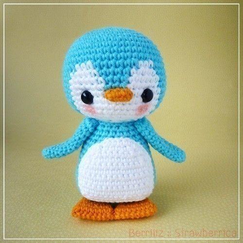 Knit Penguin Amigurumi Pattern : PDF Crochet Pattern - Pen-Pen the Penguin