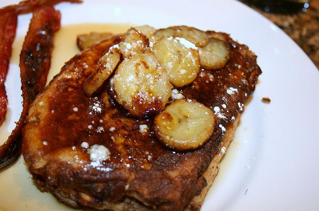 French Toast with Caramelized Bananas | Breakfast | Pinterest