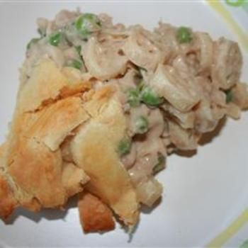 Easy Weeknight Tuna Pot Pie