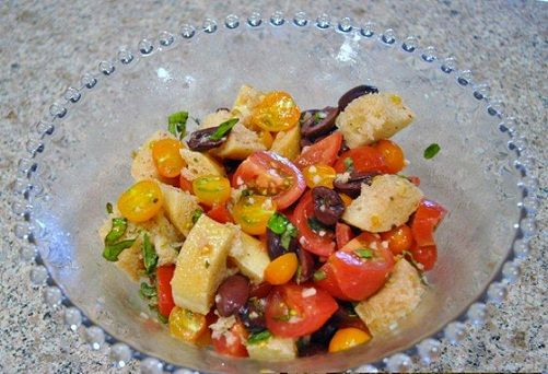 Tomato Bread Salad with Herbs | Mmm Mmm Good Soup | Pinterest