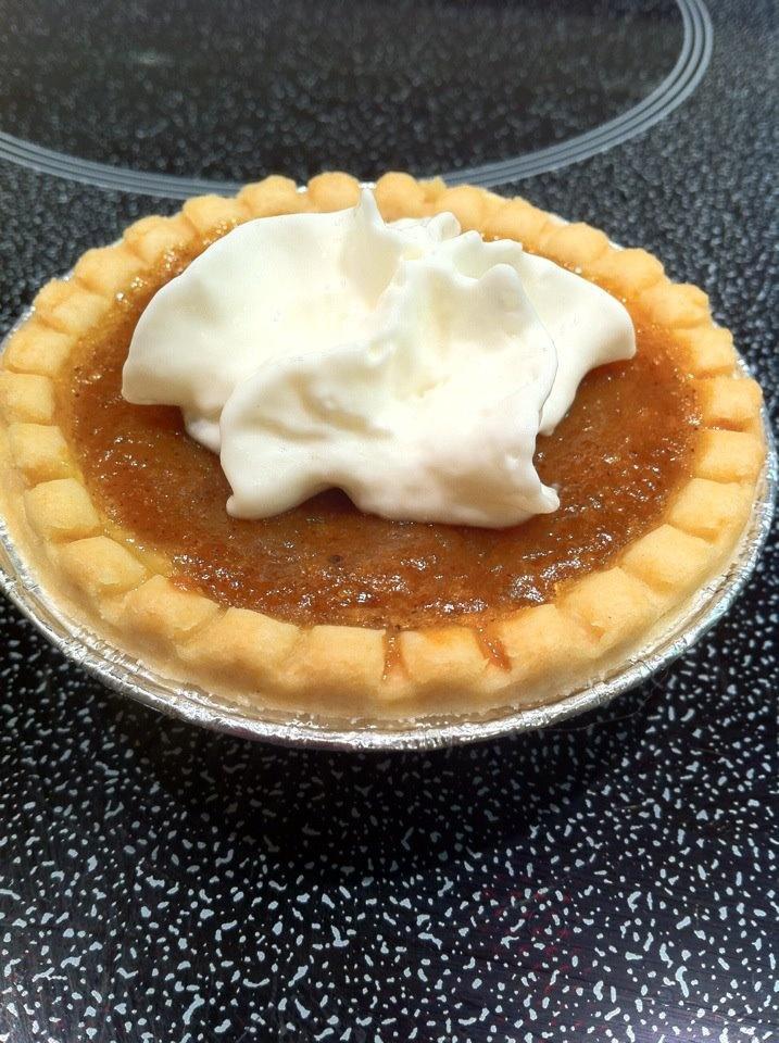 Pumpkin cheesecake tarts! | Yummy Treats | Pinterest