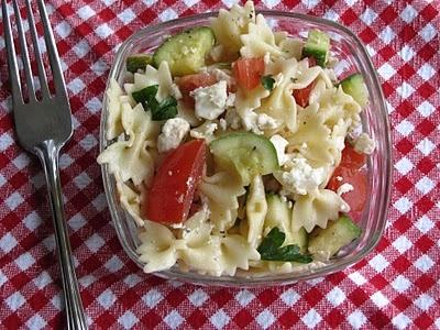 Pasta Salad with Tomatoes, Zucchini & Feta
