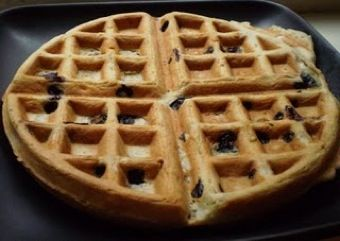 Waffles with blueberries!  And their vegan!  Try them with maple syrup and Earth Balance.