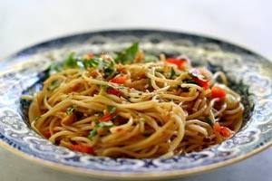 Sesame and cilantro vermicelli salad | Delicatessen | Pinterest