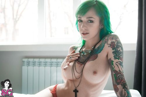 alice green has the awesome shaved pussy that gets recorded whil