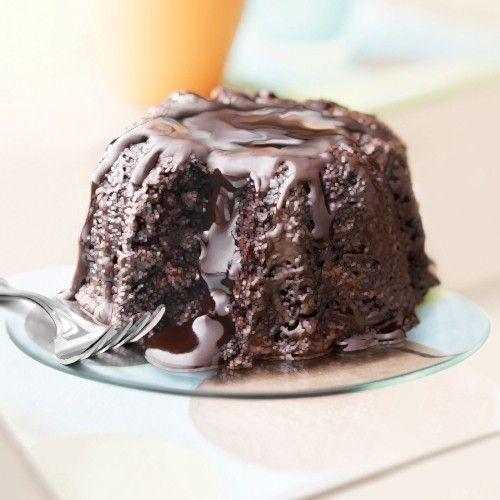 Molten Chocolate Cake. Buy Molten & Baby Bundt Cakes Online - Sweet ...