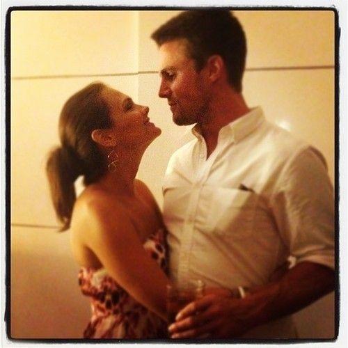 Cassandra Jean and Stephen Amell   CELEBRITIES   Pinterest