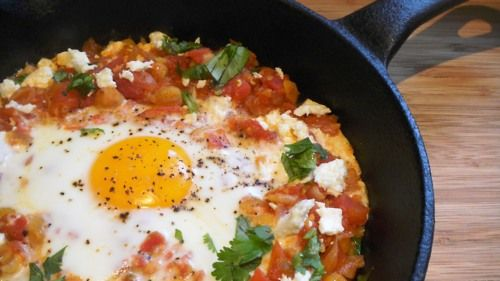 Shakshuka (Middle Eastern egg dish with chickpeas and other things)