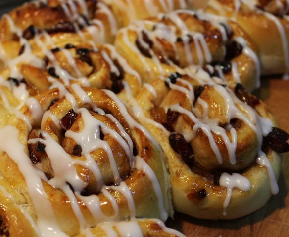 rye buns hot cross buns cinnamon buns hot cross buns overnight buns ...