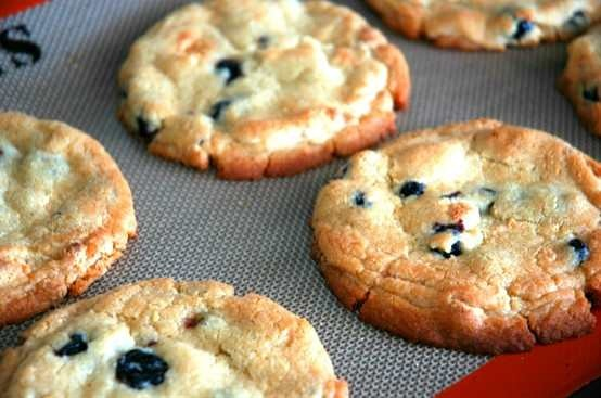 Blueberries and cream cookies. yum! | Recipes- Desserts | Pinterest