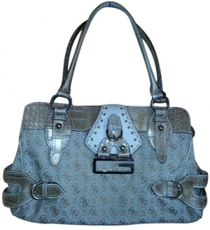 Guess purse for sale on Tradesy.com