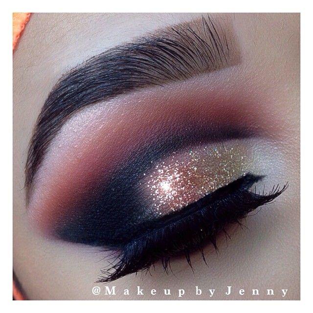 Smokey gold glitter cut crease #eye #makeup #eyes #eyeshadow #smokey # ...
