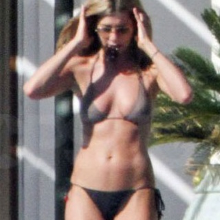 Get the Bod: Jennifer Aniston's Abs