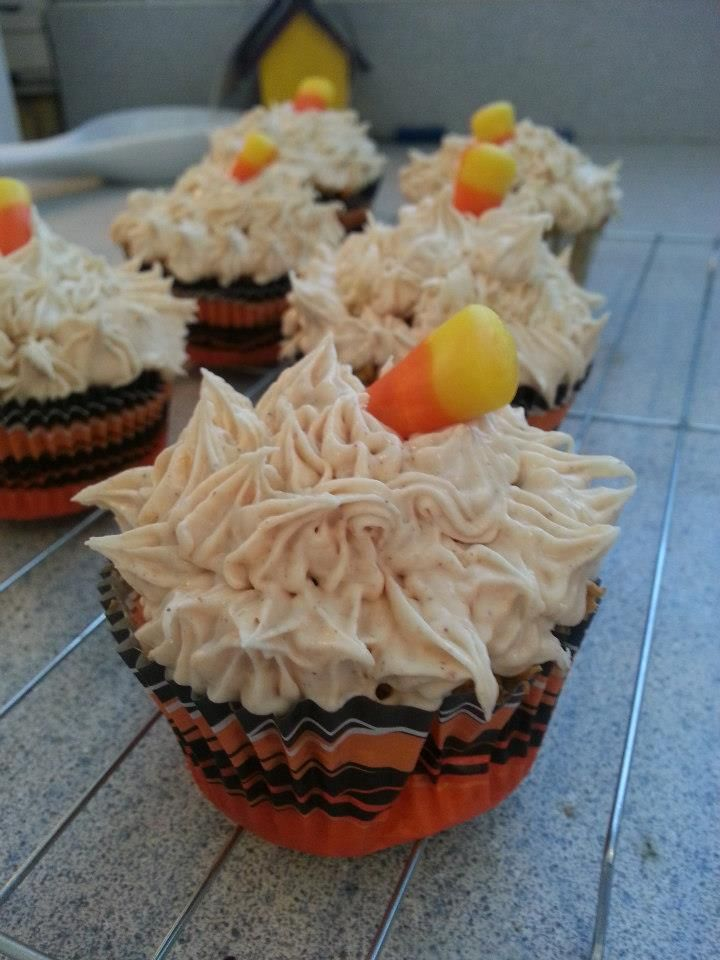 Low-fat Pumpkin cupcake, with Fat-Free Pumpkin Cream Cheese icing. It ...