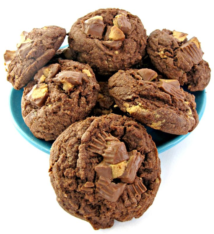 Chocolate Peanut Butter Cup Cookies   All things Cookies   Pinterest