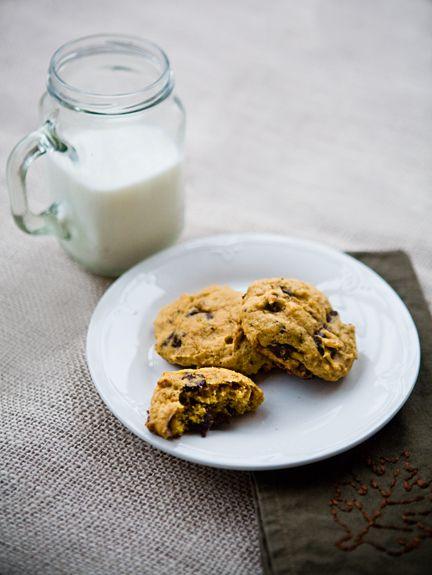 Dark Chocolate Pumpkin Cookies from Good Life Eats. http://punchfork ...