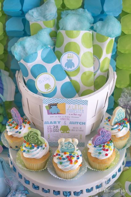 Cupcakes at a Monsters Inc Party #monstersinc #partycupcakes
