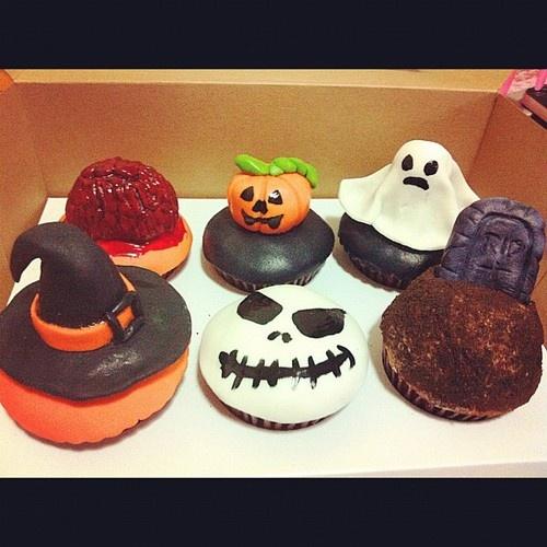 creepy cupcakes...halloween | cupcakes | Pinterest