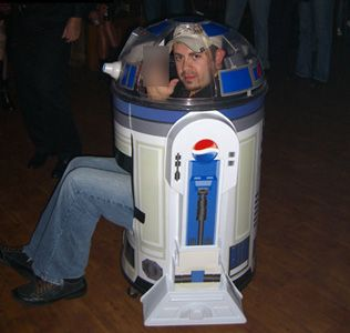 R2-D2 - We're pretty sure this was made with those old Pepsi R2-D2 containters.