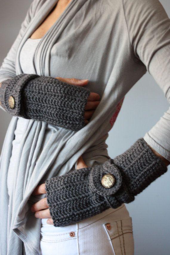 crochet fingerless gloves Scarves and Gloves Pinterest