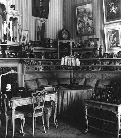 Alexander Palace / Alexandra's Mauve Room