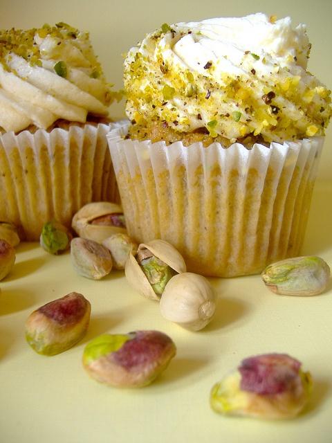 honey pistachio   Food: Yummies   Pinterest