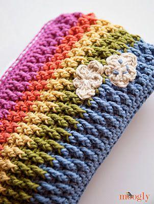 Crochet Pouch Pattern : free crochet pattern rainbow pouch Crochet Pinterest