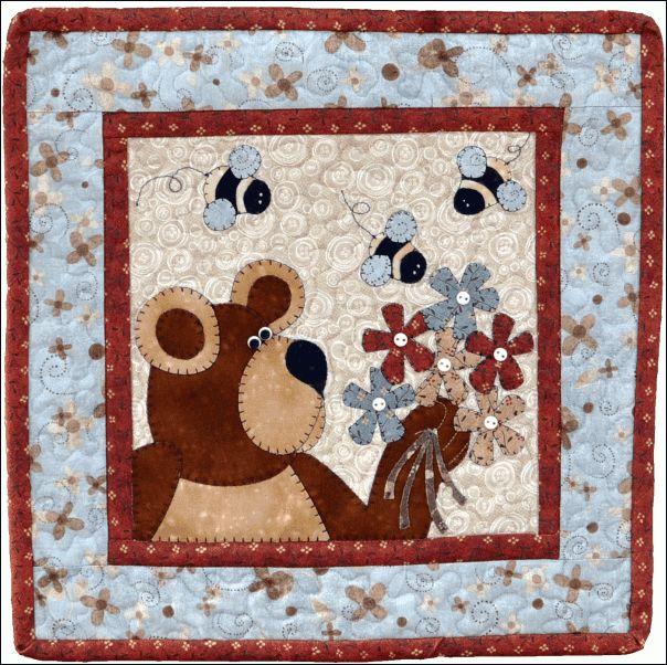 May Bear & Bees - The Wooden Bear | Quilt Blocks | Pinterest