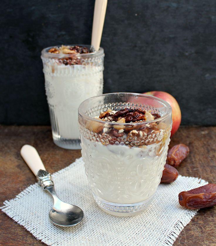 Skinny Apple Pie Parfait with Date Caramel {refined sugar free!}