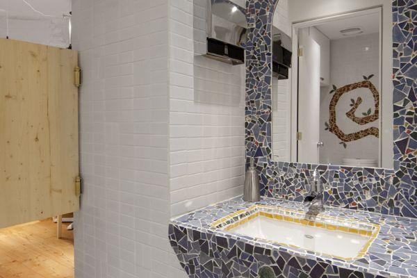Restaurant Crudessence bathroom sink Decoracion del hogar Pintere ...