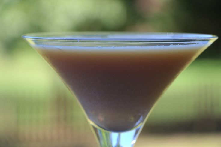Awesome Apple Cider Martini. Perfect for the Fall.