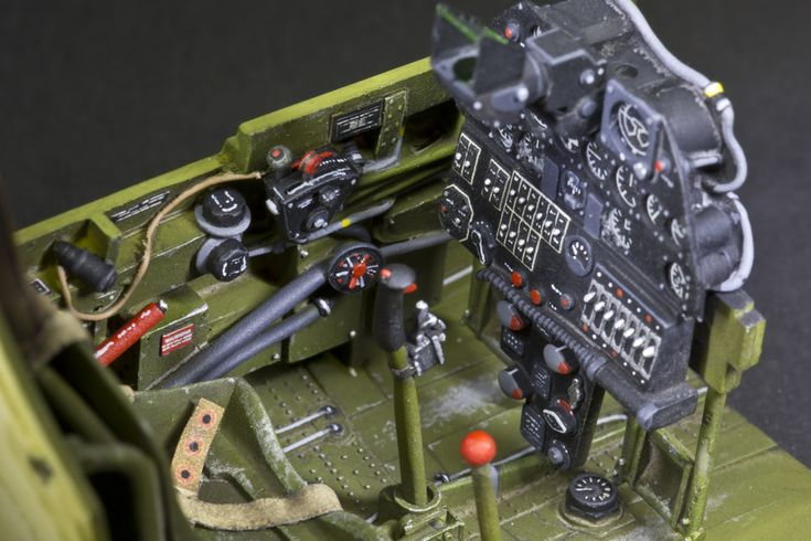 P-40 Warhawk Cockpit. 1:32 Scale | Awesome Scale Models ...