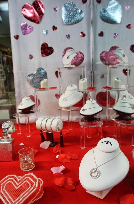 valentine's day jewelry marketing ideas
