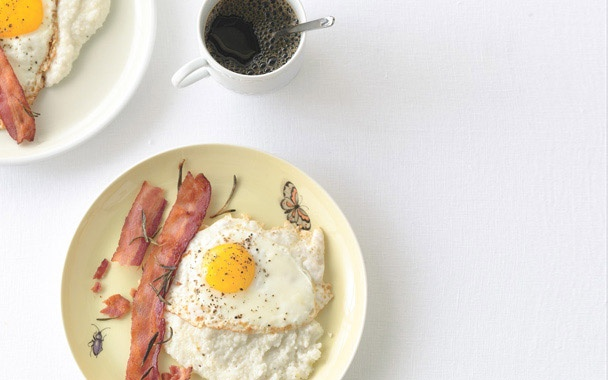 Creamy Grits with Rosemary Bacon | Weekend Brunch Menu | Pinterest
