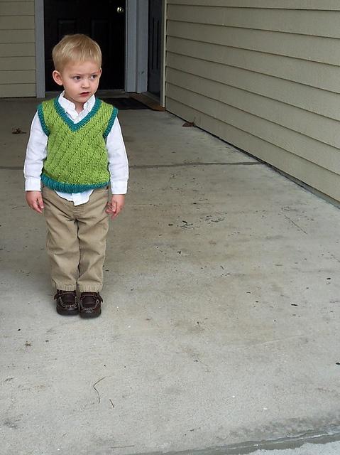 Knitting Pattern For Boys Vest : Ravelry: Vernal Verde Vest pattern by Ammie Cannon. Cute free knitting patter...