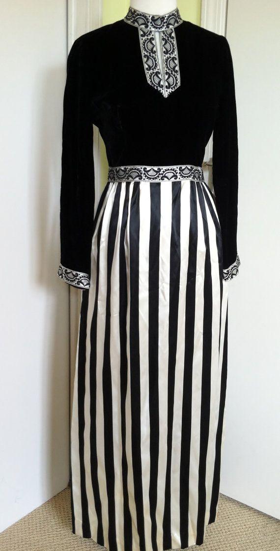 Late 60s early 70s mod black and white dress velvet satin stripes