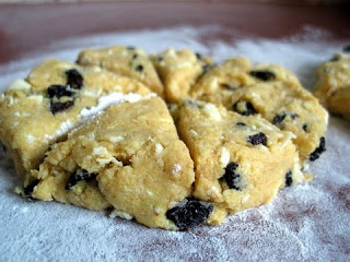 White Chocolate and Dried Cherry Scones | Breakfast/Brunch | Pinterest