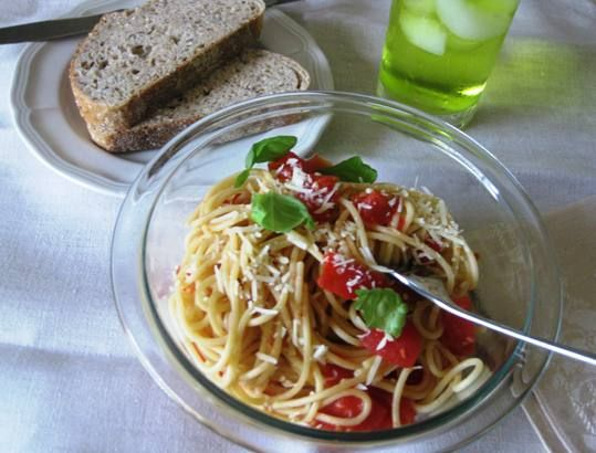 Cappellini With Lemon, Garlic And Parsley Recipe — Dishmaps
