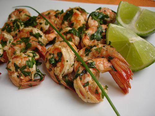 Garlic lime shrimp / Camarões ao alho e limão by Patricia Scarpin ...