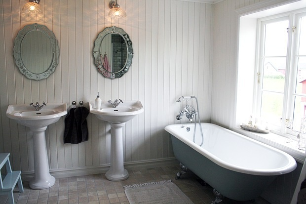 Bathroom Beadboard On Whole Wall For The Home Pinterest