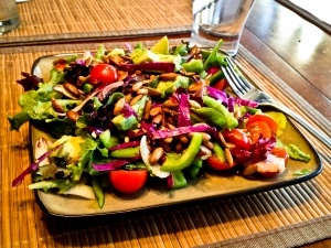 Avocado & Pepitas Salad | yum | Pinterest